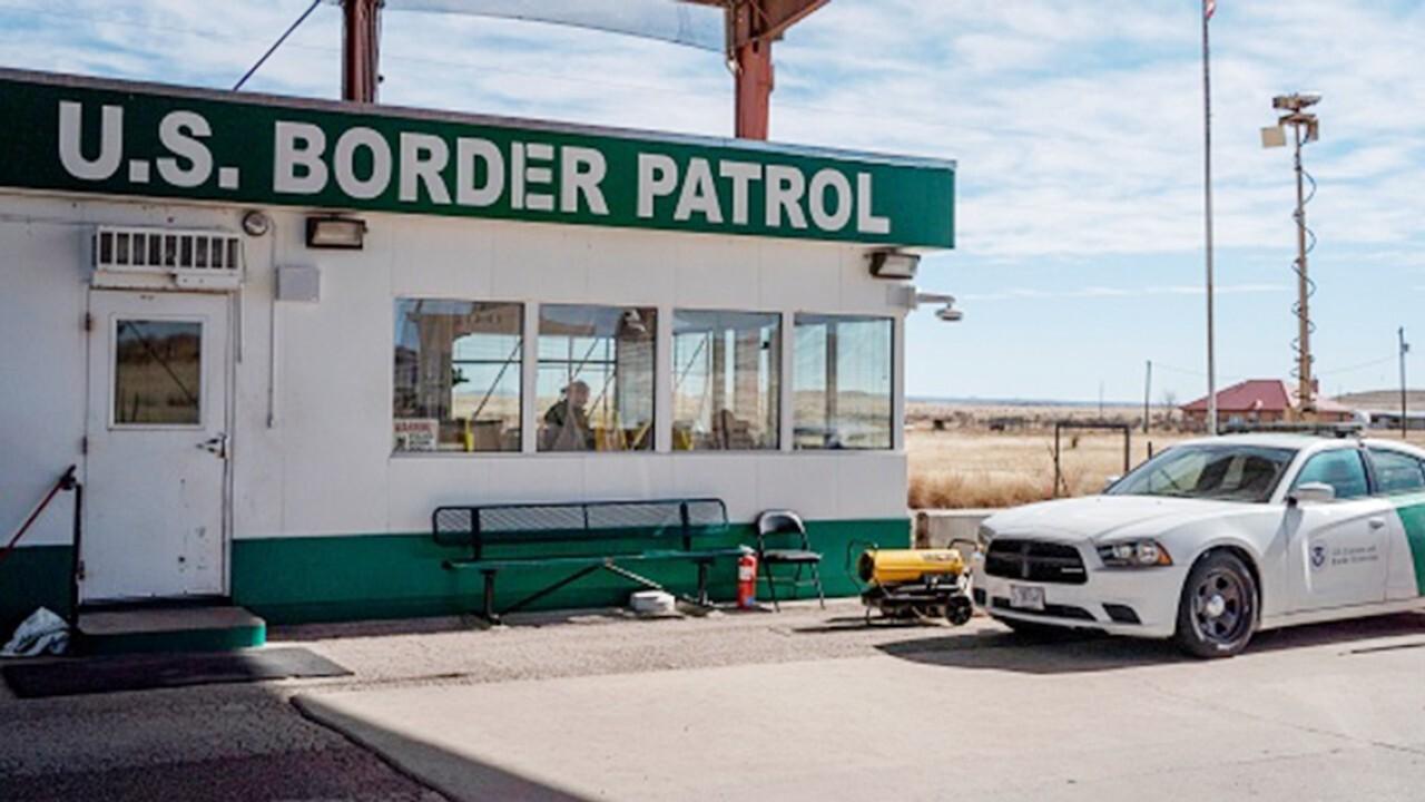 Arizona sheriff: Border patrol still seeing 'huge amount' of people coming into US