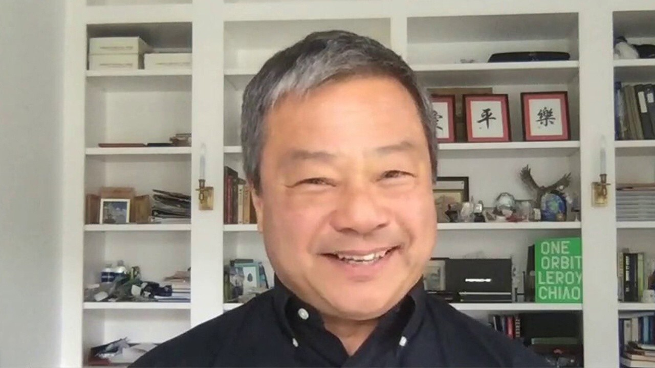 Former NASA astronaut and ISS Commander Dr. Leroy Chiao reacts to SpaceX's plans for the world's first all-civilian flight.