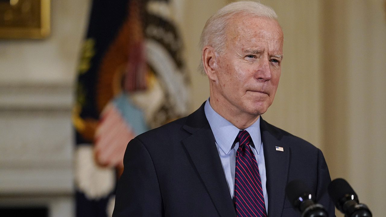 A 'Coast to Coast' panel with Kelsey Bolar and Mike Gunzelman weighs in on how much Biden's American Families plan will really cost taxpayers.