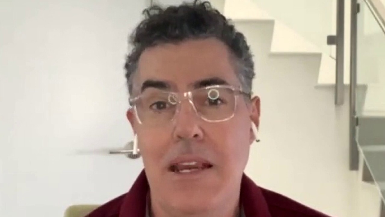 Comedian Adam Carolla criticizes actors and politicians in California who are privy to cancel culture and 'cowards' to free speech.