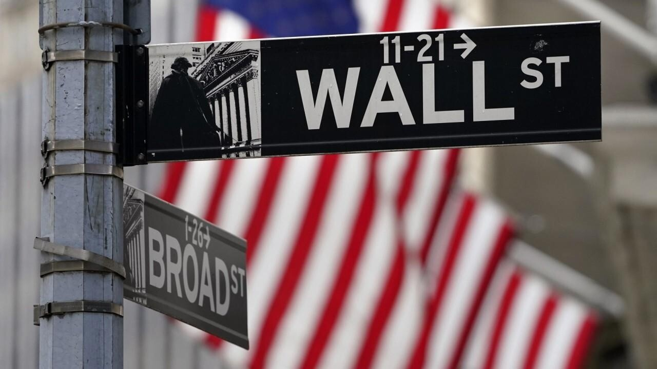 Stocks mixed ahead of Fed meeting