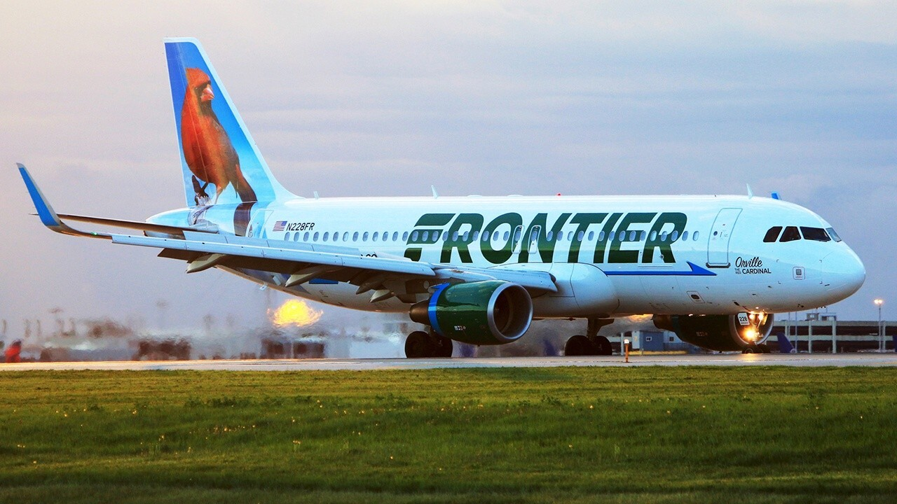 Former Frontier Airlines CEO and Manifest CEO Jeff Potter weighs in on the decision by some airlines to suspend alcohol sales on flights after an increase in violent behavior from passengers.