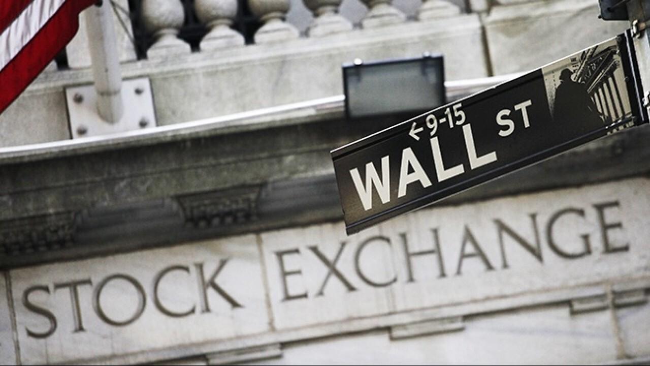 FOX Business' Stuart Varney and Susan Li break down the market open as the week begins.