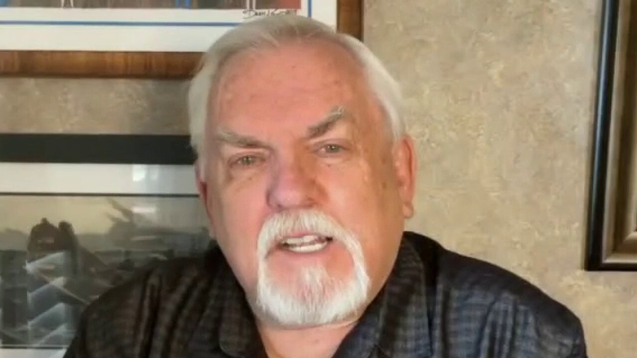 John Ratzenberger rips Hollywood's portrayal of skilled workers