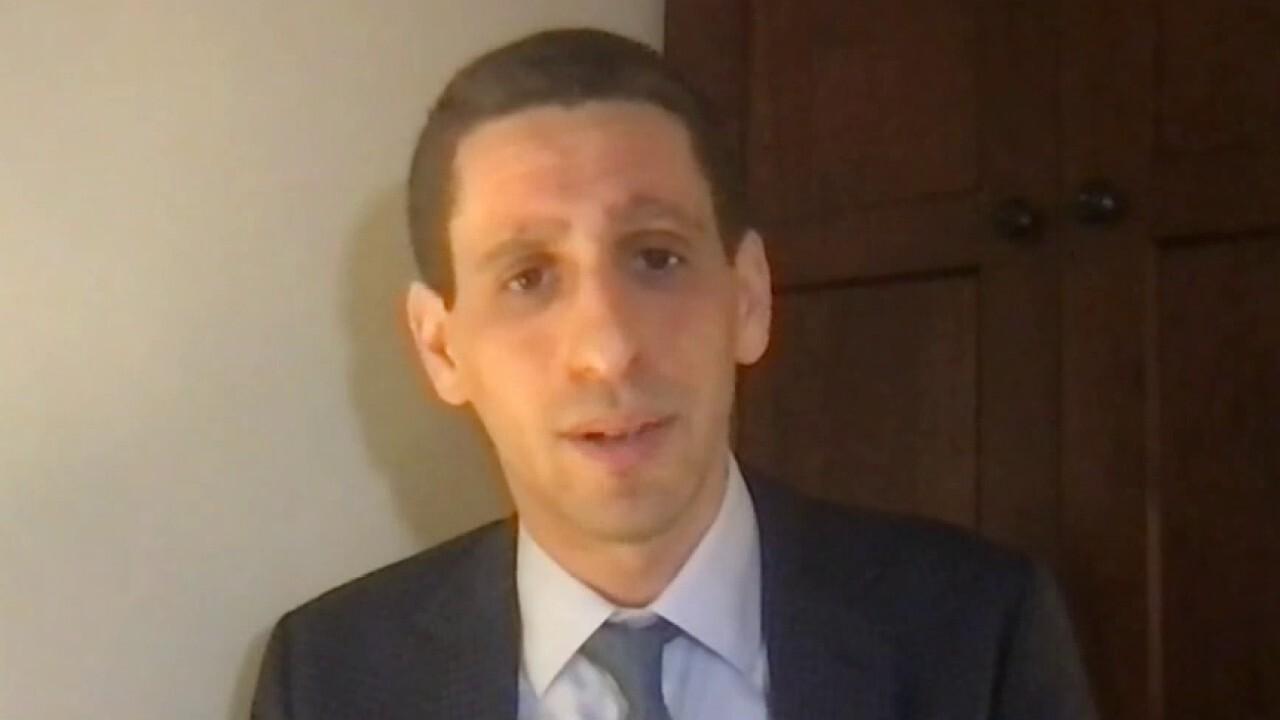 Barron's Health care reporter Josh Nathan-Kazis joins 'Barron's Roundtable' to discuss vaccine distribution