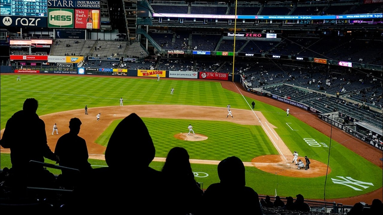Mets, Yankees raise stadium capacity for vaccinated fans