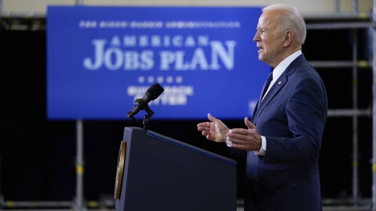 Republicans won't be complicit in 'destroying our economy': Rep. Arrington