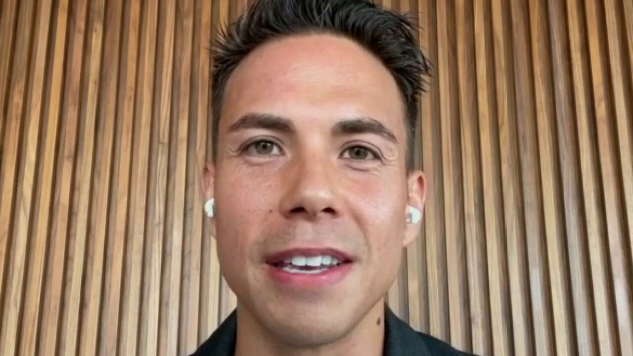 Olympic gold medalist Apolo Ohno argues Team USA should compete in the Tokyo and Beijing Olympics and put politics aside for the 'purity of sport.'