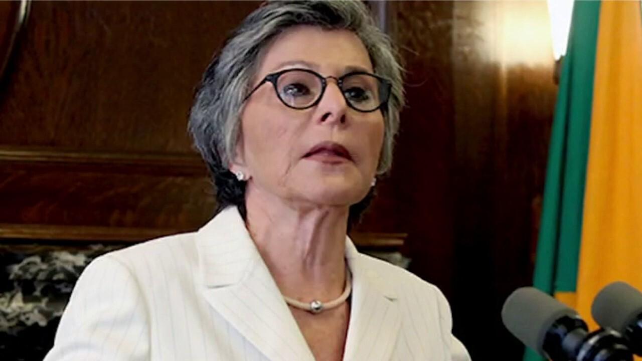 Sen. Barbara Boxer assaulted in broad daylight