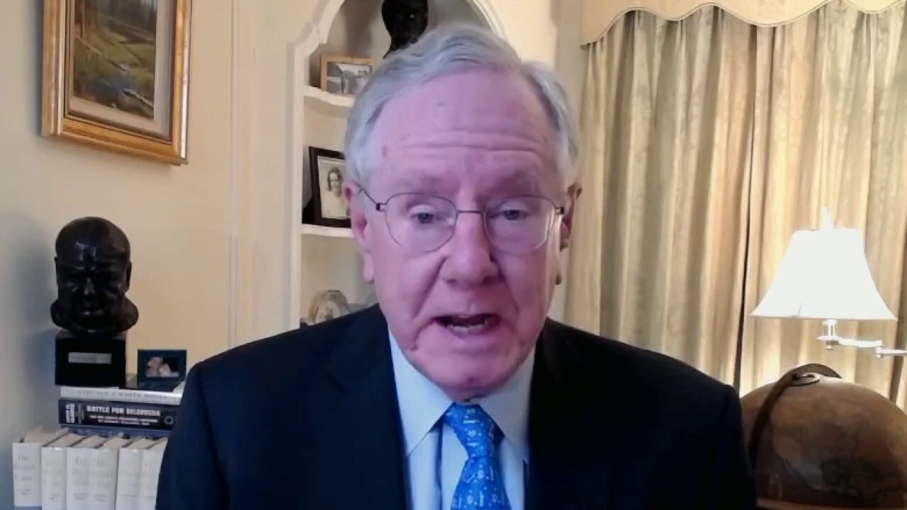 Forbes Media Chairman Steve Forbes on American Express reportedly telling employees capitalism is racist during diversity training.
