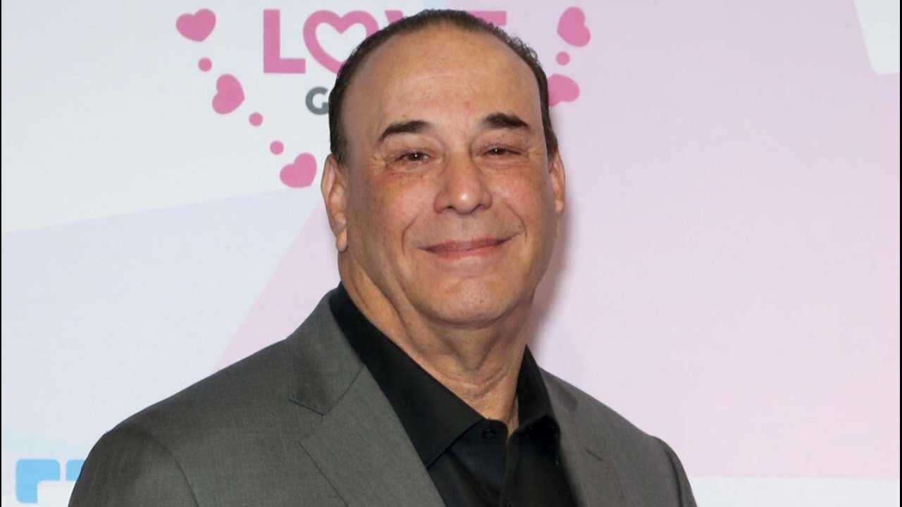 Restaurants struggling amid worker shortage: Jon Taffer