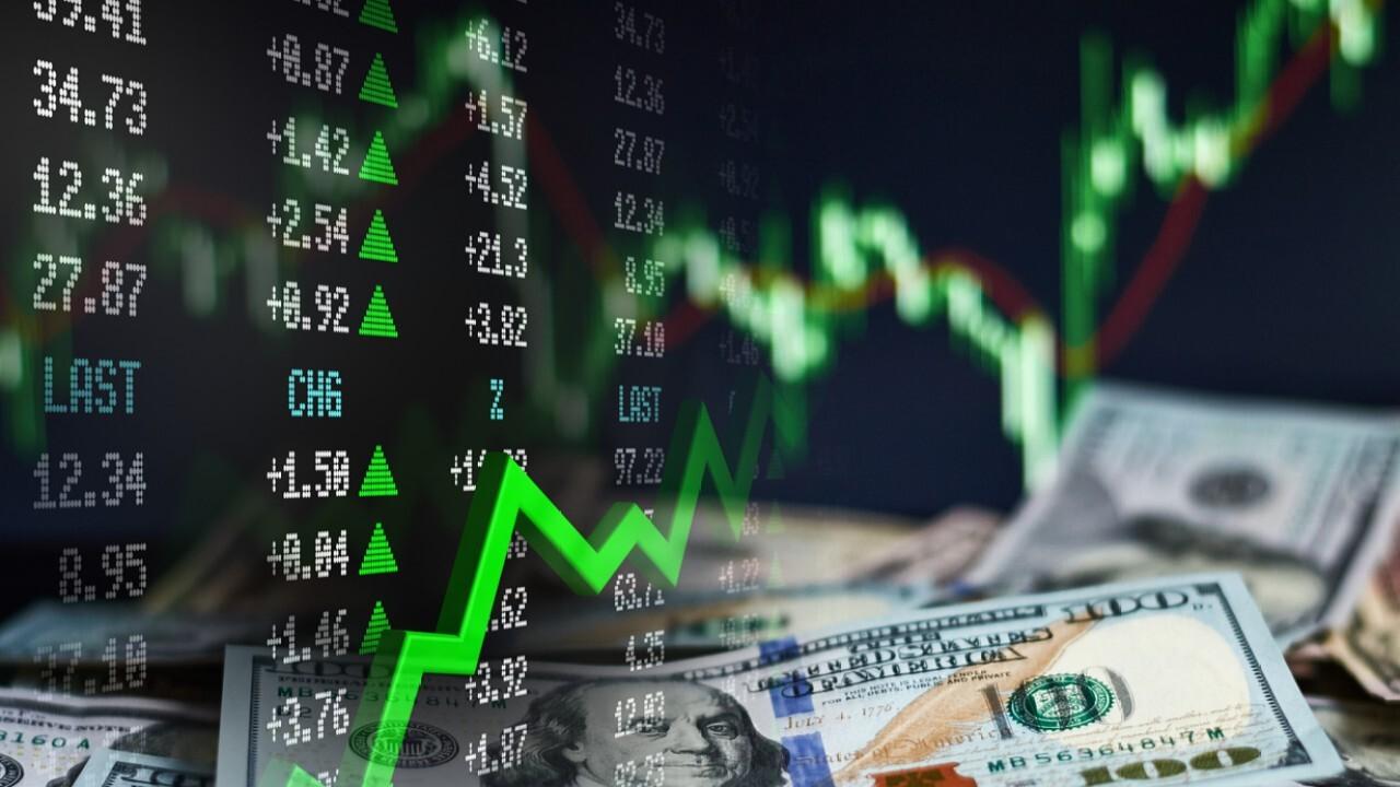 Stifel Financial Chairman and CEO Ron Kruszewski on the markets and unemployment.