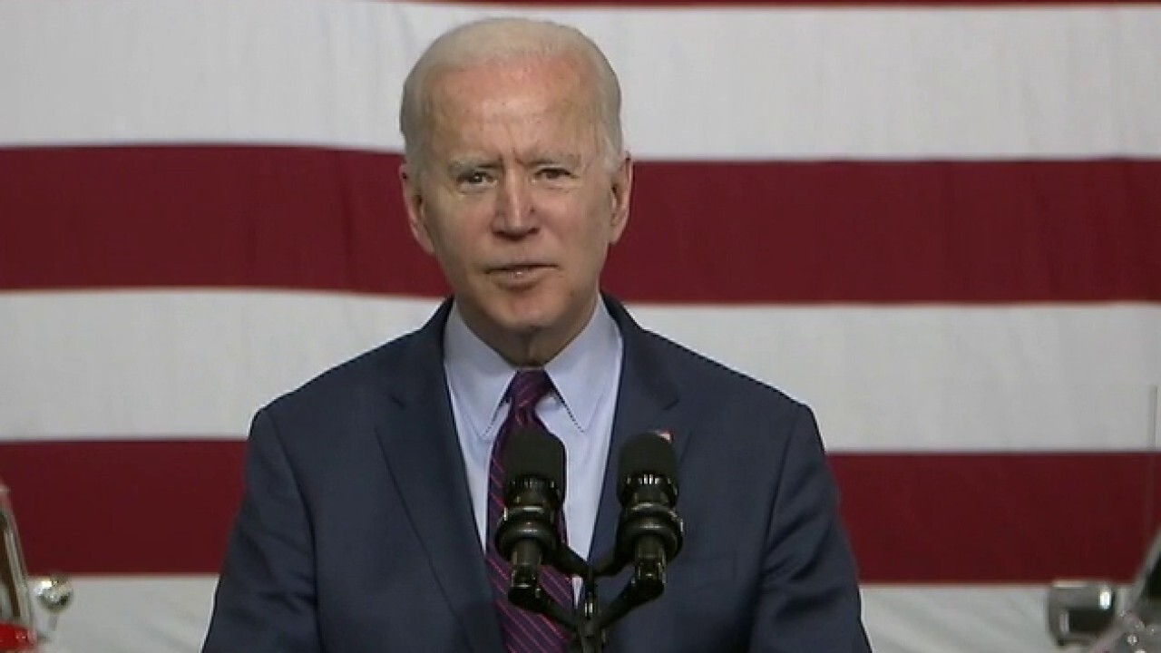 Pipeline worker calls out Biden for his all talk and no walk support of unions
