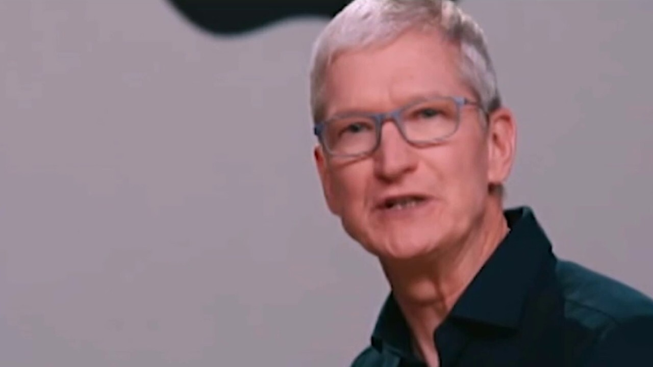 Apple reports record March sales performance