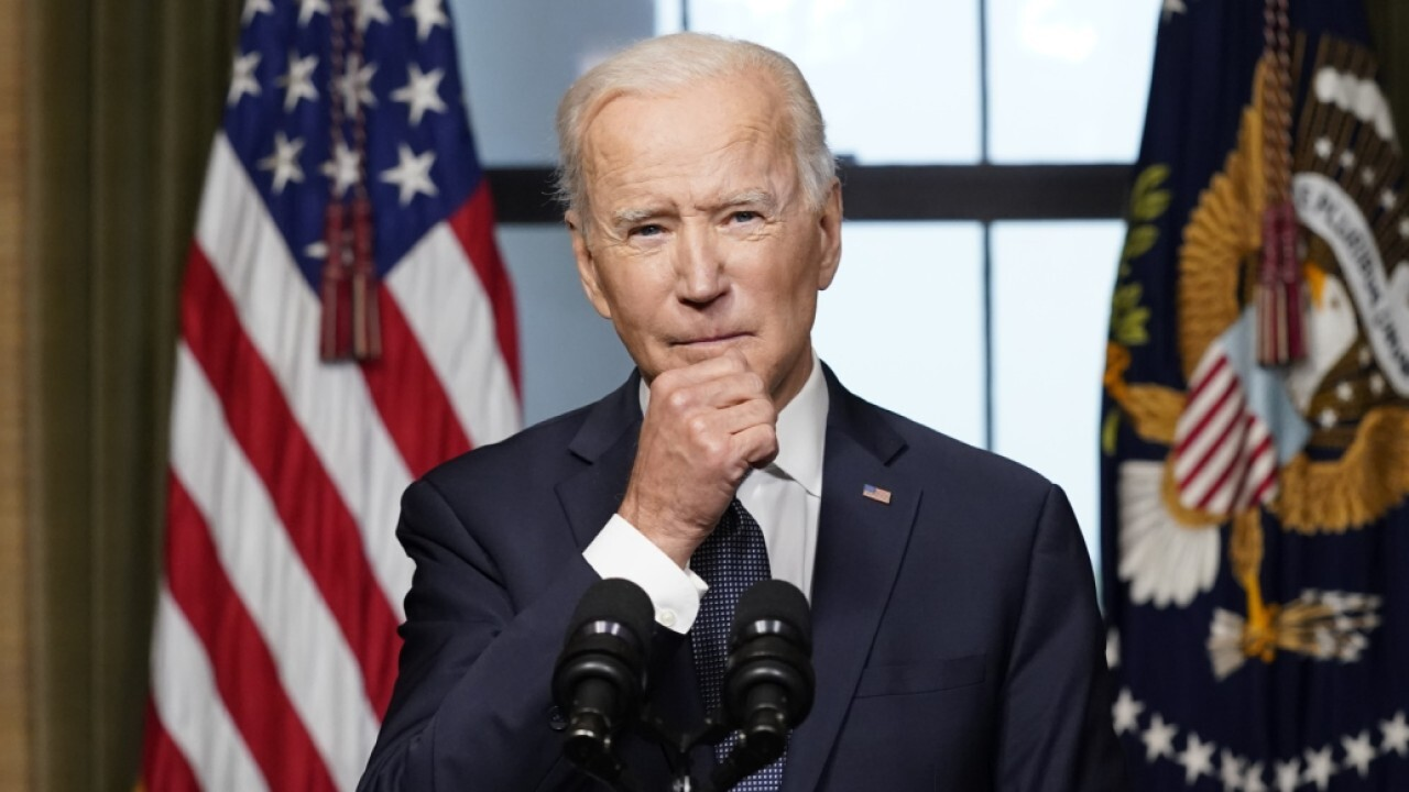 Biden expected to announce new mask guidance