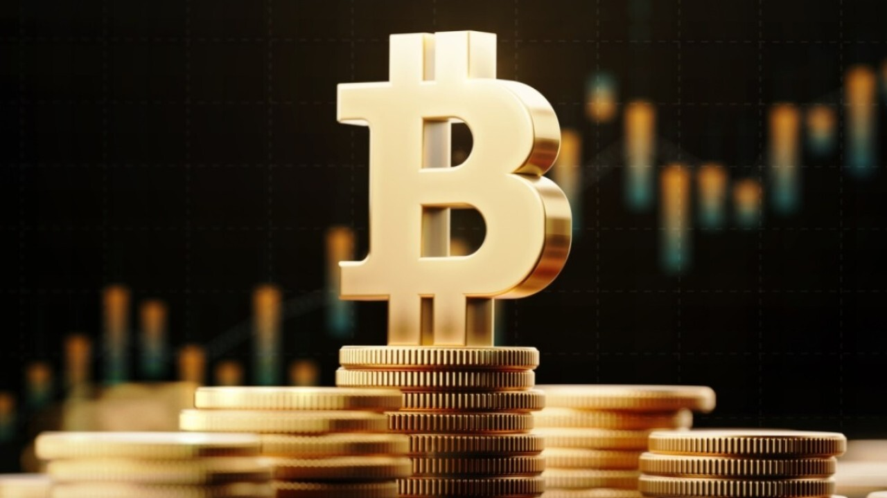 MarketGauge Group managing director Michele Schneider on her outlook for bitcoin and the oil industry.