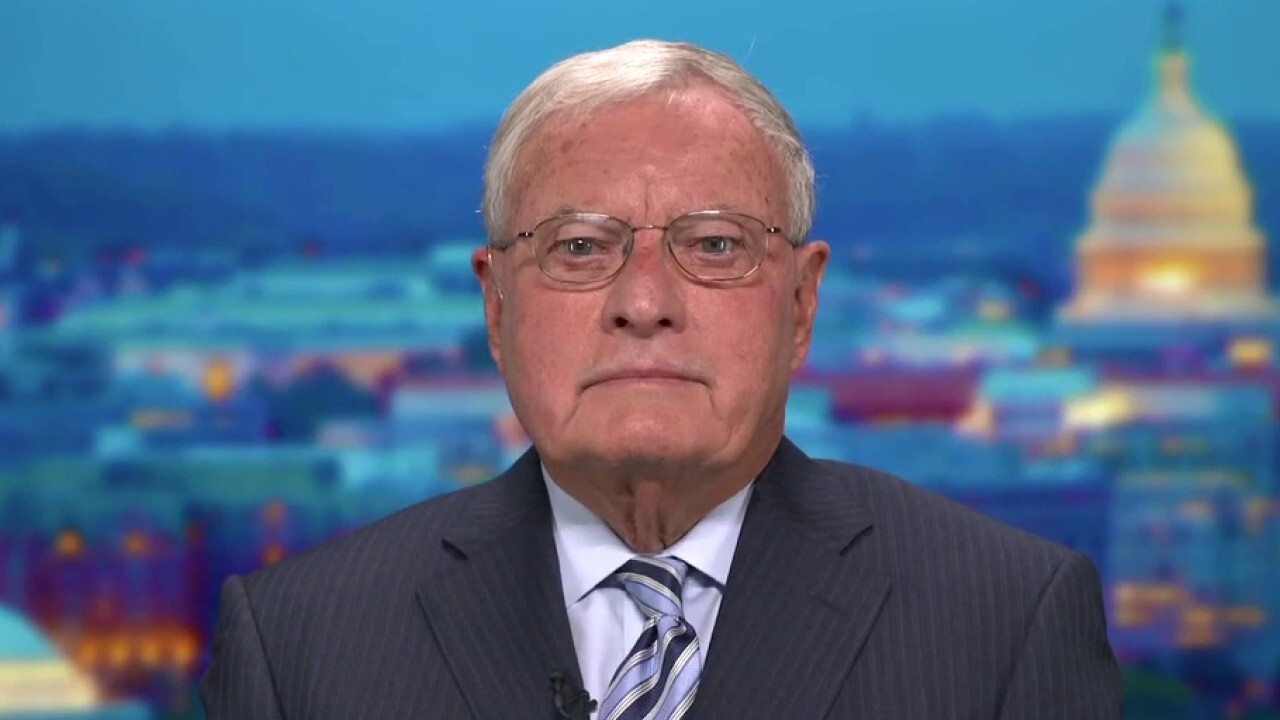 Center for American Security co-chair Gen. Keith Kellogg argues the Biden administration should be held accountable for the Taliban takeover of Afghanistan.
