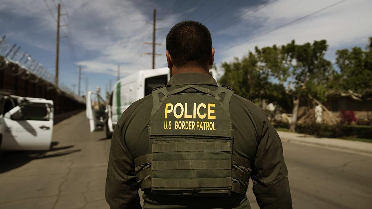Border crisis: Biden is 'derelict in his duty,' retired major general says