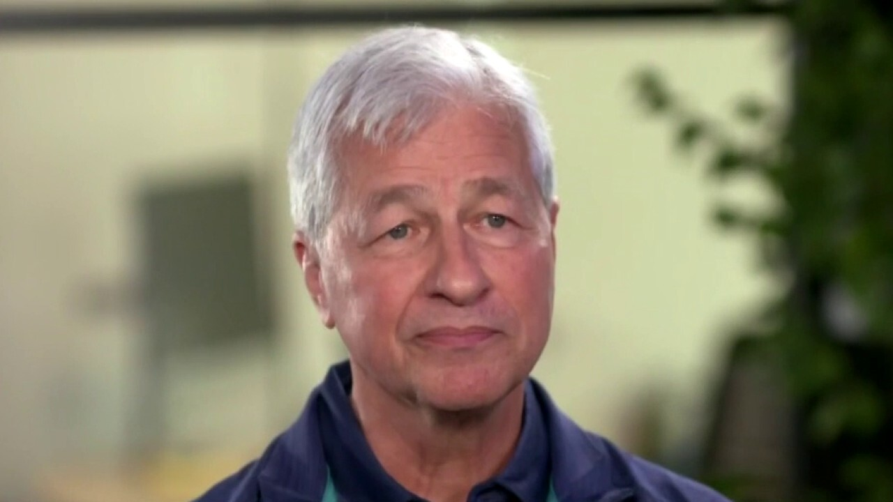JPMorgan Chase CEO Jamie Dimon on stimulus payments, 10-year Treasury rates and the banking competition.