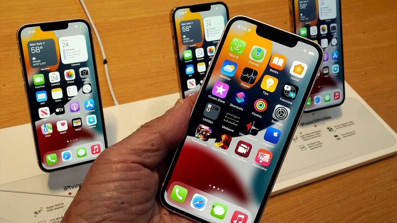 Apple doing 'good job' on supply chain as new iPhone debuts: Ray Wang