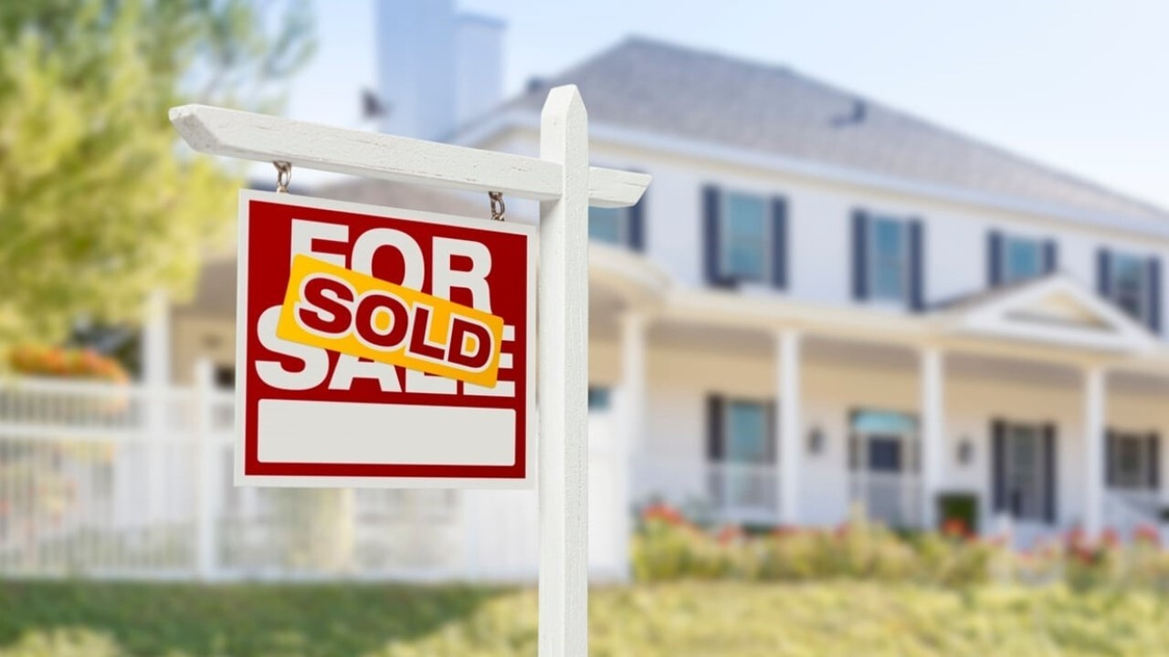 Illinois is implementing a new program to pay up to $40K in student loan debt in order to help people buy houses in the state. FOX Business' Grady Trimble with more.