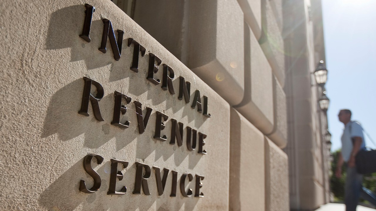 FOX Business' Madison Alworth on how an expansion of the IRS would impact the banking industry as well as individual bankers.