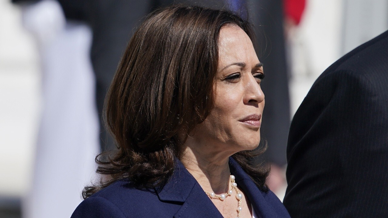 The Washington Times opinion editor Charlie Hurt tells 'Fox Business Tonight' that 'the optics could not be more problematic' for Kamala Harris.