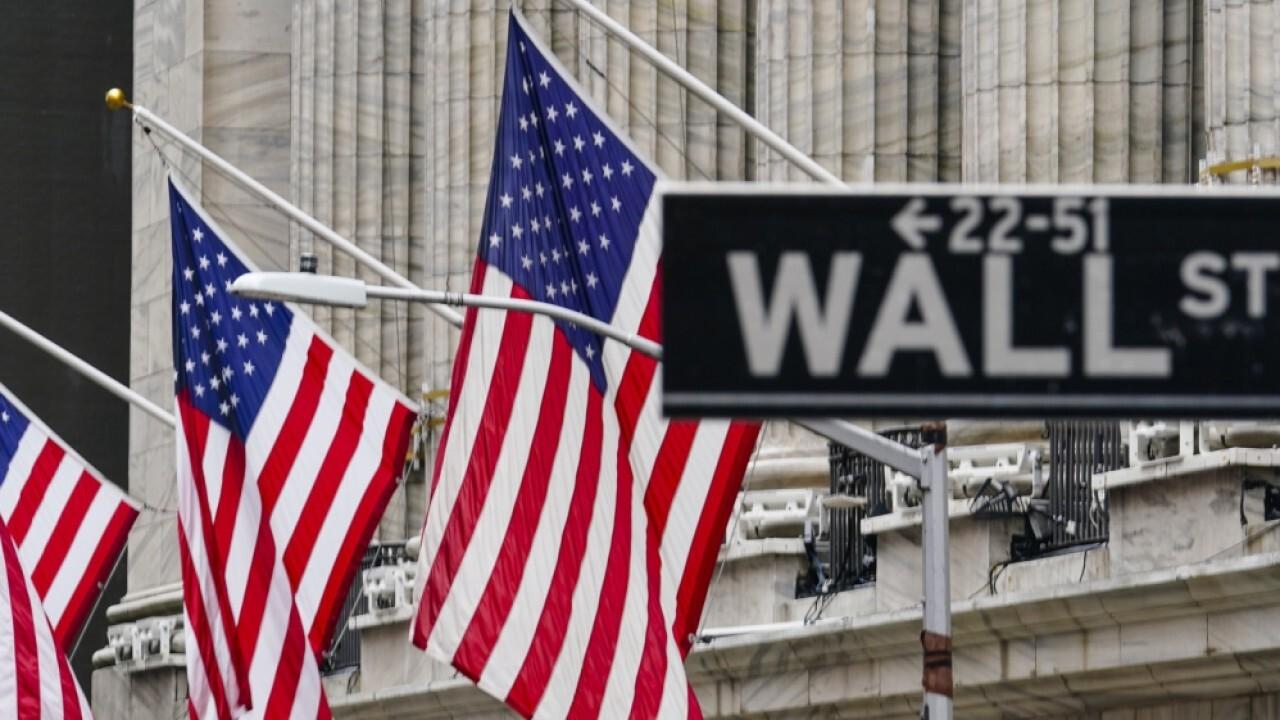 Investors should buy tech stocks in market pullbacks: Investment strategist