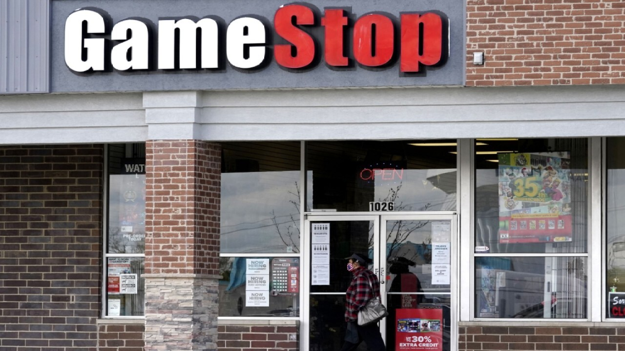 Gamer World News Entertainment host Tian Wang on social media's impact on the future of GameStop shares.