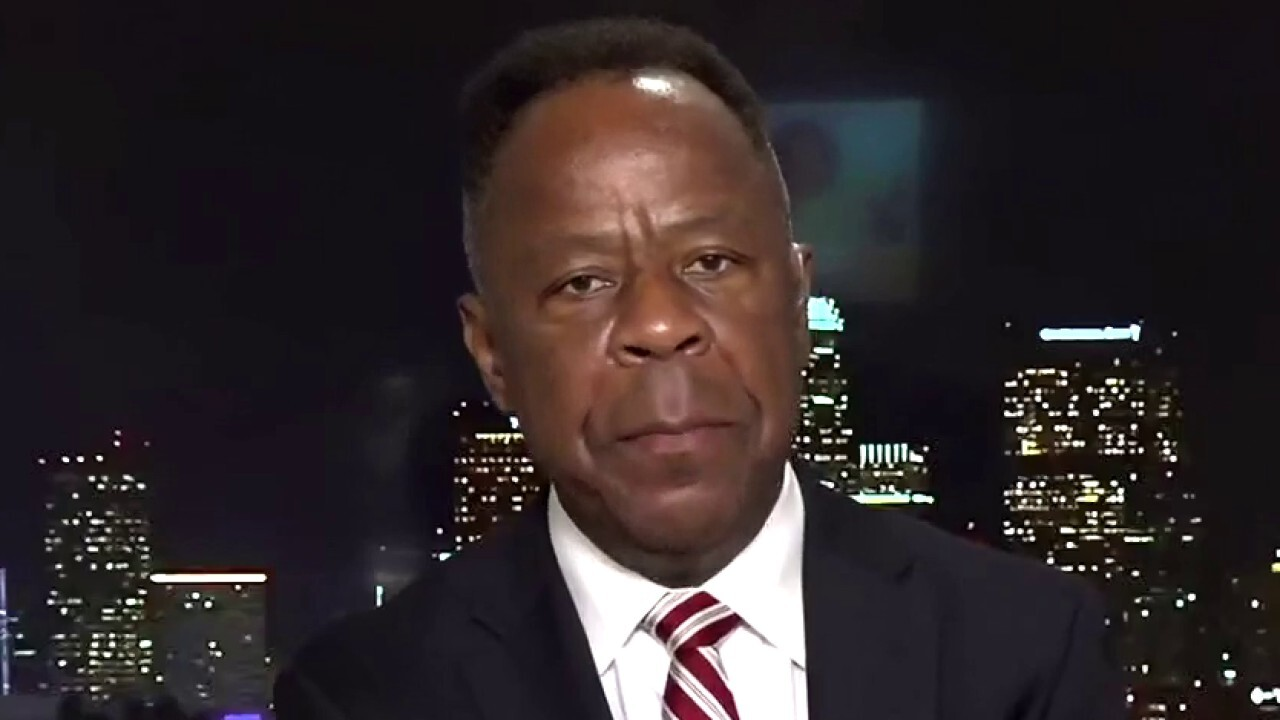 Civil Rights Attorney Leo Terrell argues Democrats demonize Larry Elder because he 'doesn't fit the narrative.'
