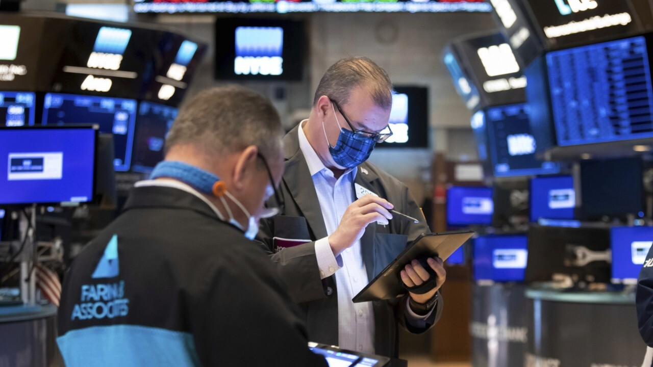 Federated Hermes senior portfolio manager Linda Bakhshian shares her stock picks and market predictions.