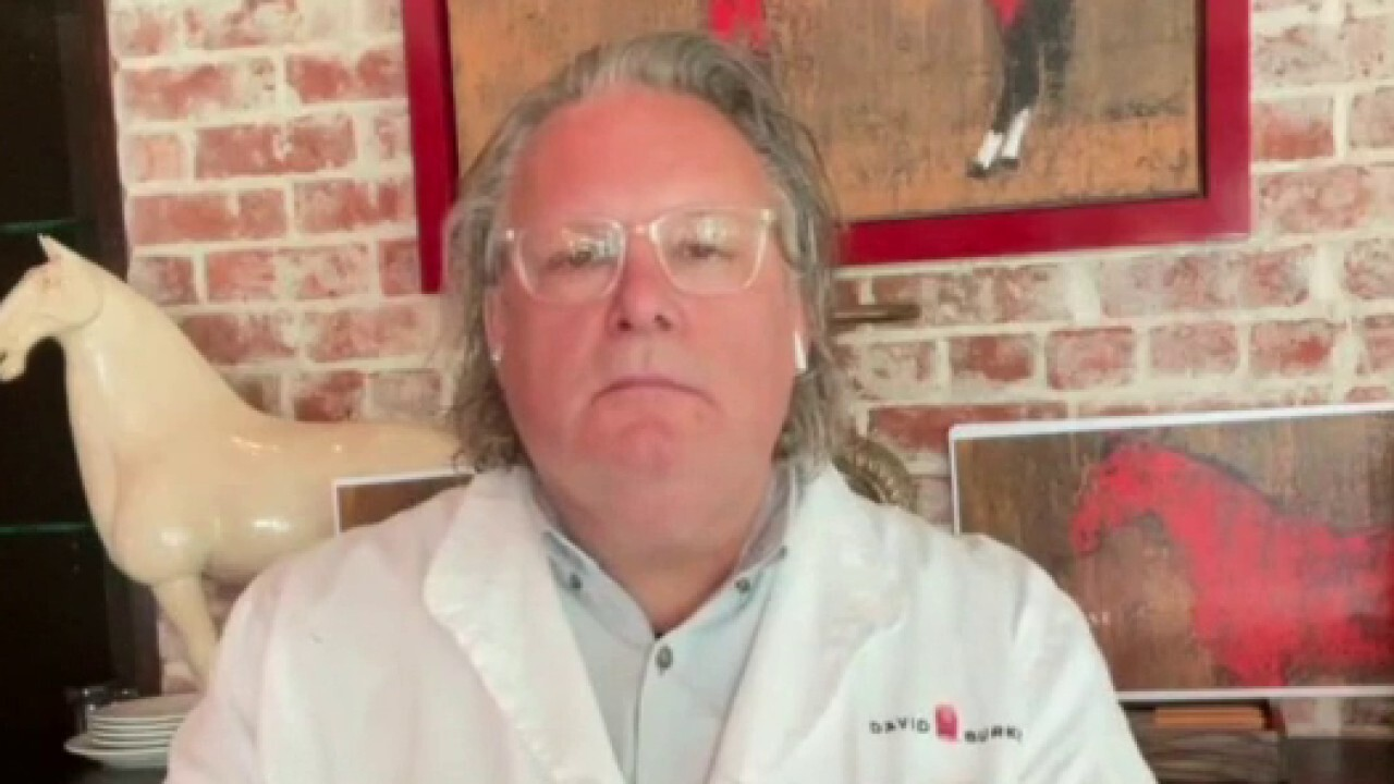 Award-winning celebrity chef David Burke weighs in on restaurants coping with inflation as well as hiring woes.