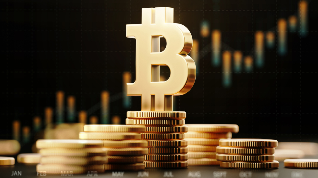 Bitcoin fluctuation between 30-40% is 'normal' every month or two: Expert