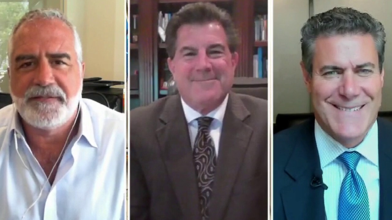 Slatestone Wealth Chief Market Strategist Kenny Polcari, Ladenburg Thalmann Asset Management CEO Phil Blancato and Kaltbaum Capital Management President Gary Kaltbaum on the state of the economy and Fed Chair Jerome Powell's remarks.