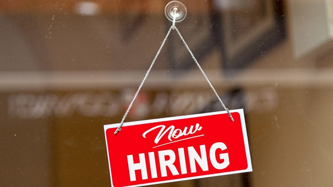 'Biggest problem' in restaurant industry is getting employees: David Burke