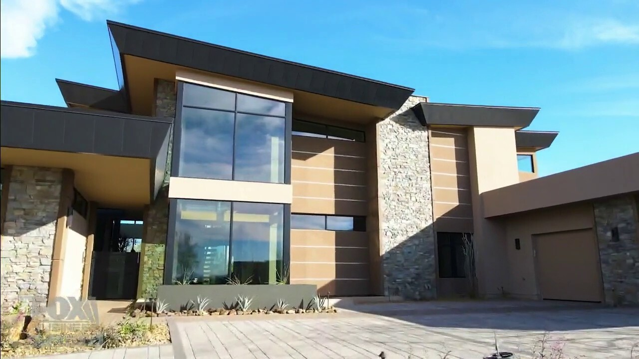 'Mansion Global' tours all that the massive Arizona listing has to offer.