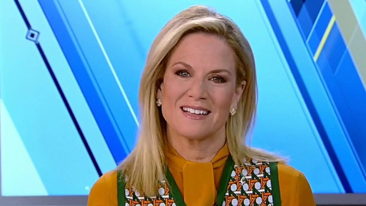 Martha MacCallum, Stuart Varney reflect on Fox News' 25th anniversary