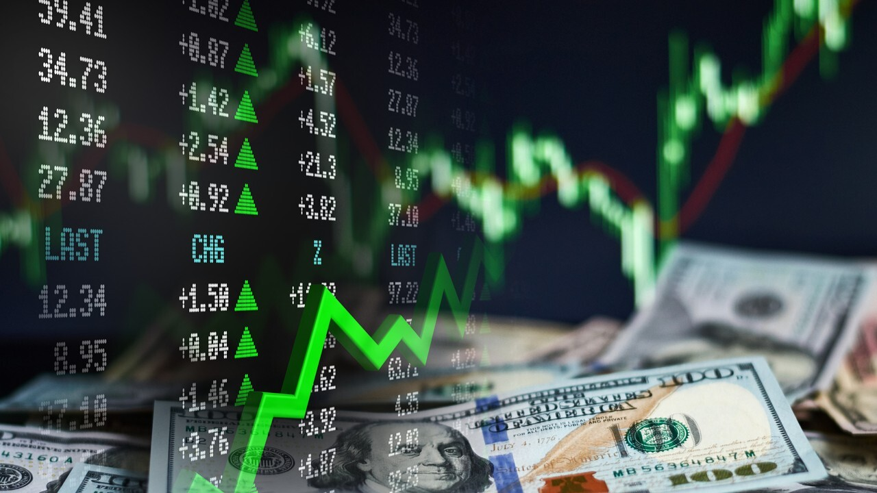 Allianz chief economic adviser Mohamed El-Erian provides insight into the markets after Federal Reserve Chairman Jerome Powell downplayed inflation fears before the Senate Banking Committee.