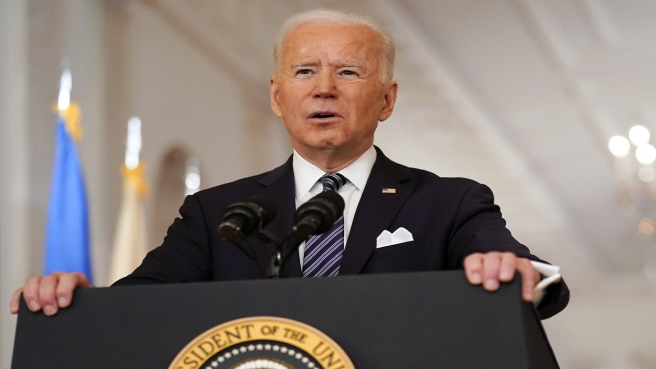 Stephen Miller: Trump said let's put a man on Mars, Biden said let's see if we can eat BBQ - Fox News
