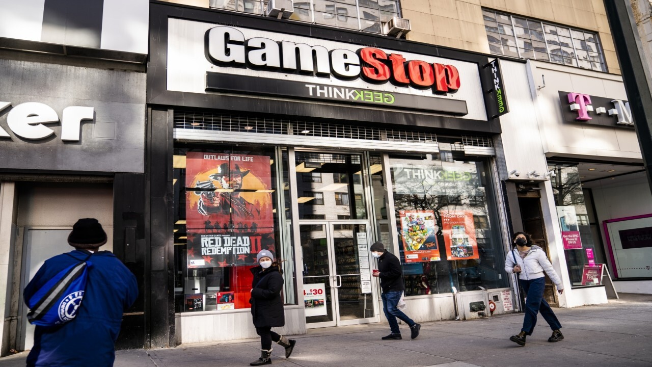 Home Depot co-founder Ken Langone on GameStop stock volatility, the mass exodus from high-tax states to Florida, and NYU Langone vaccine distribution.