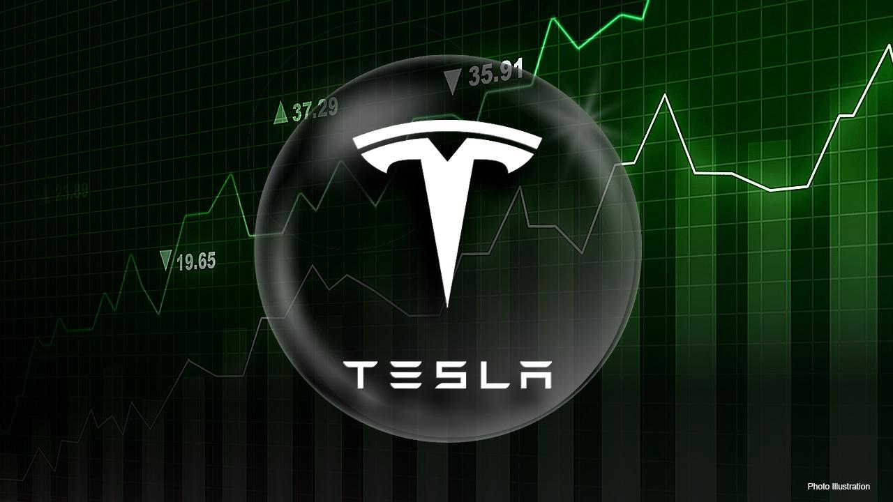 Strategic Wealth Partners investment strategist Luke Lloyd explains why he'll never personally invest in Tesla stock.