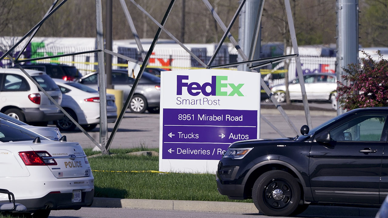 Indianapolis Mayor Joe Hogsett and police give an update on the 'mass casualty' event at a FedEx facility. Footage courtesy of WRTV.
