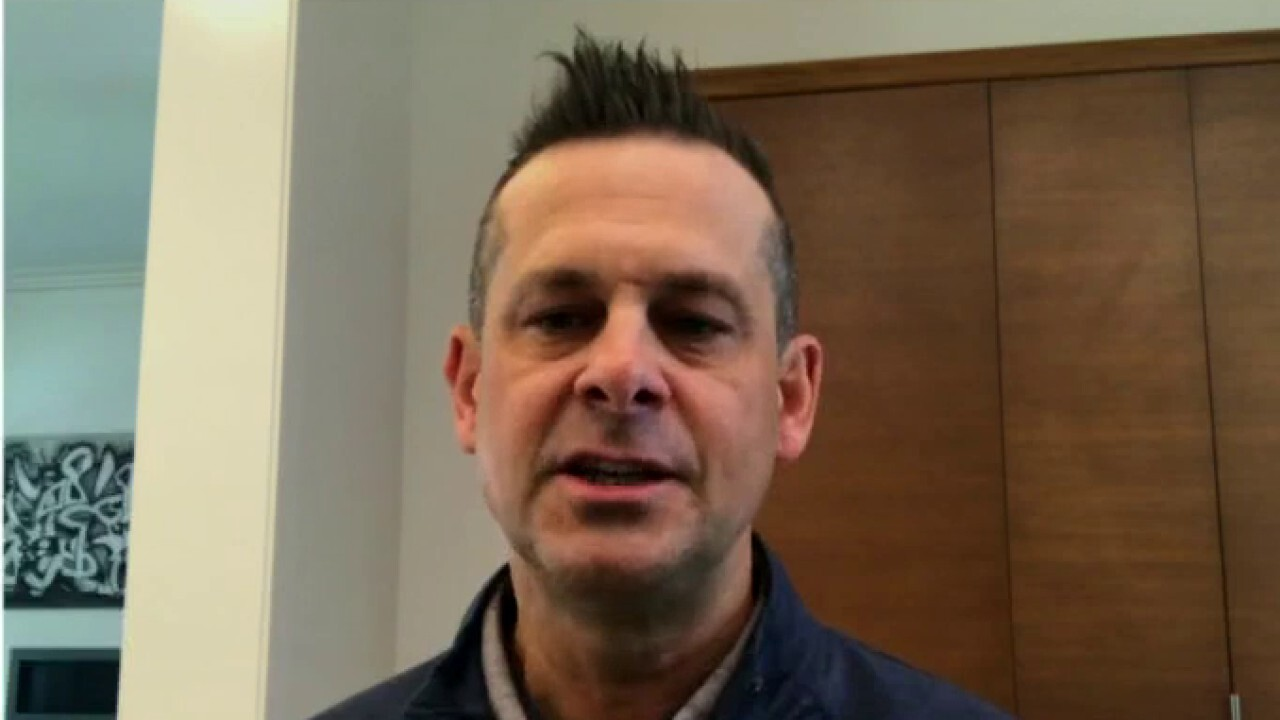 New York Yankees manager Aaron Boone says the crypto convo made its way into the clubhouse.