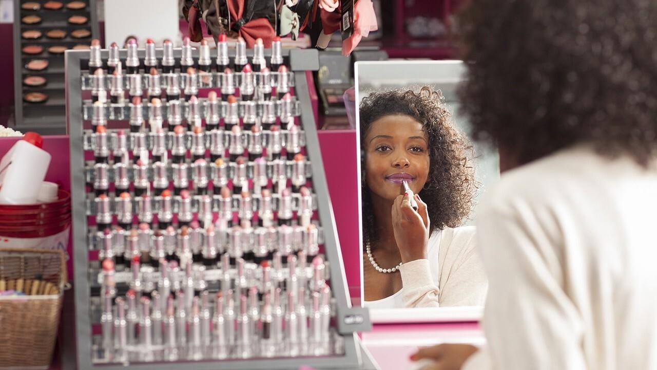 FOX Business' Lydia Hu on the post-pandemic beauty boom.