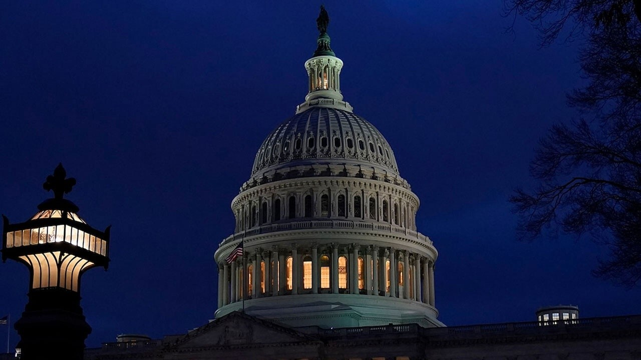 Dems are poised to lose the House, will infighting ruin GOP's chances?