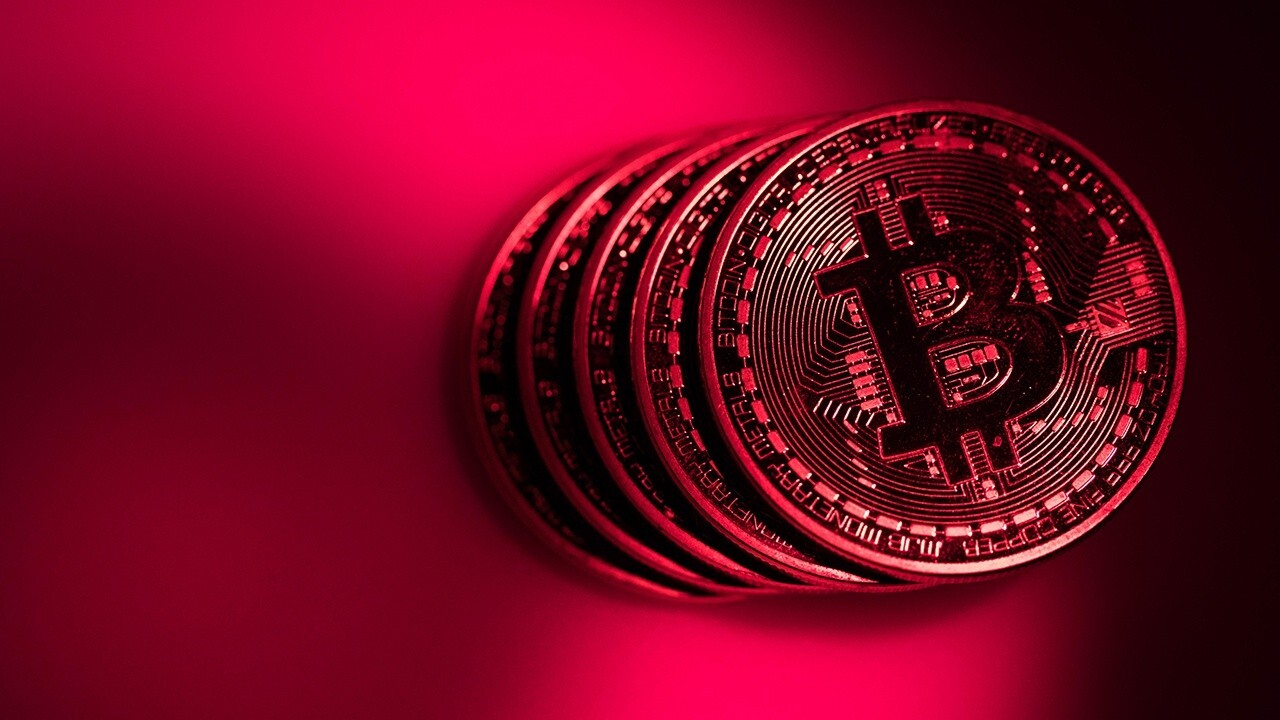 Bitcoin rebounds past $54,000 as Fed attempts to control crypto
