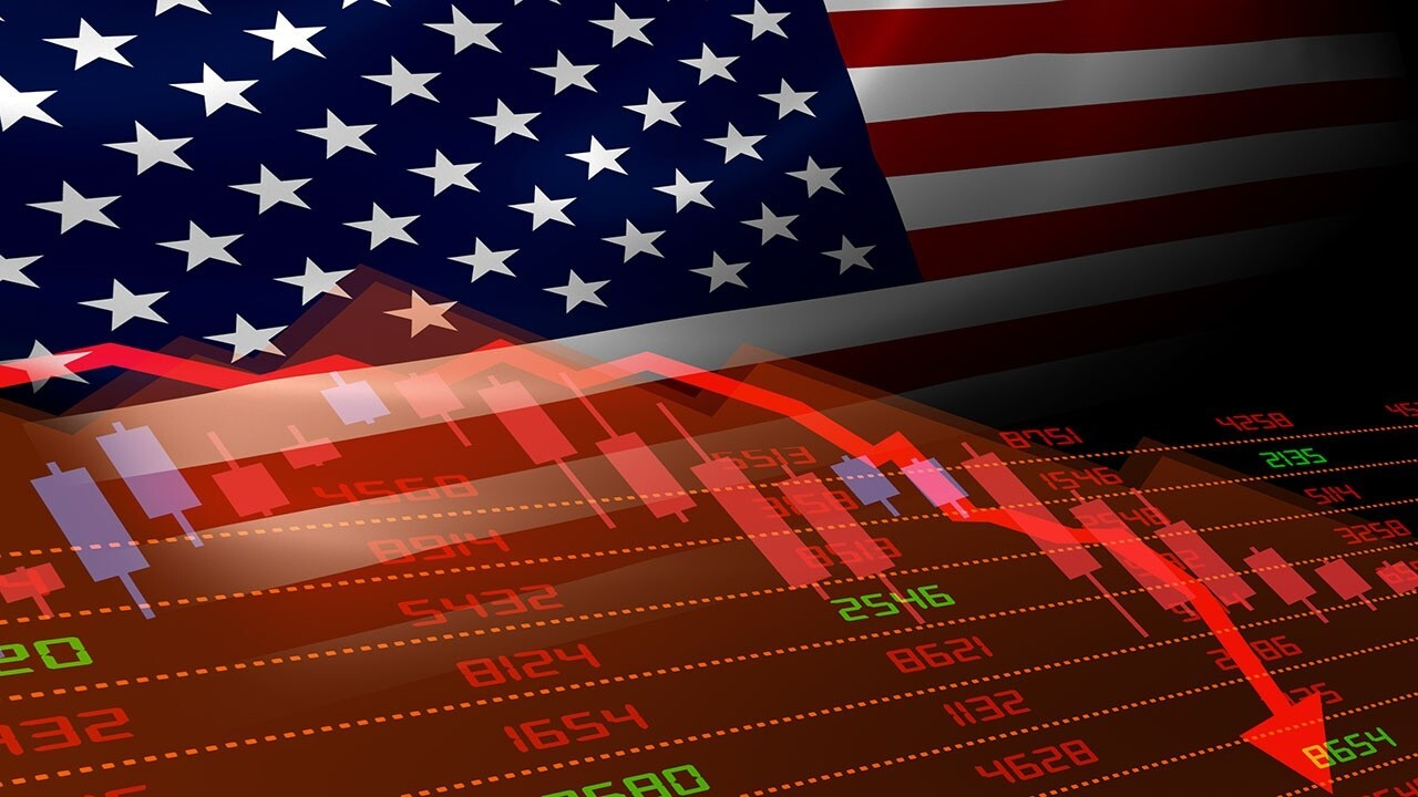 A 'Making Money' panel with Kim Forrest, Art Hogan and Scott Martin analyzes the market after the August jobs report missed expectations.