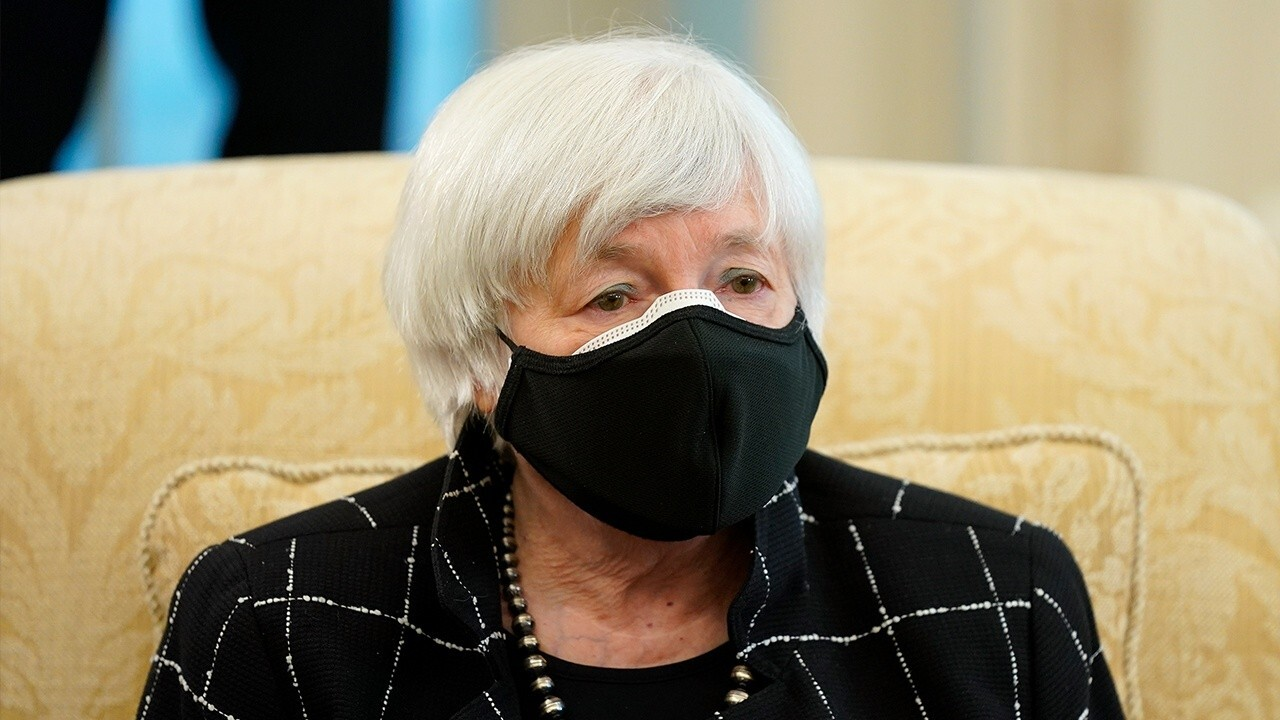 Janet Yellen has 'bitcoin derangement syndrome': Investor