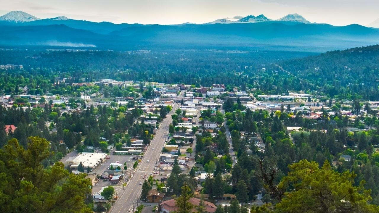 Oregon restaurants slam new COVID restrictions