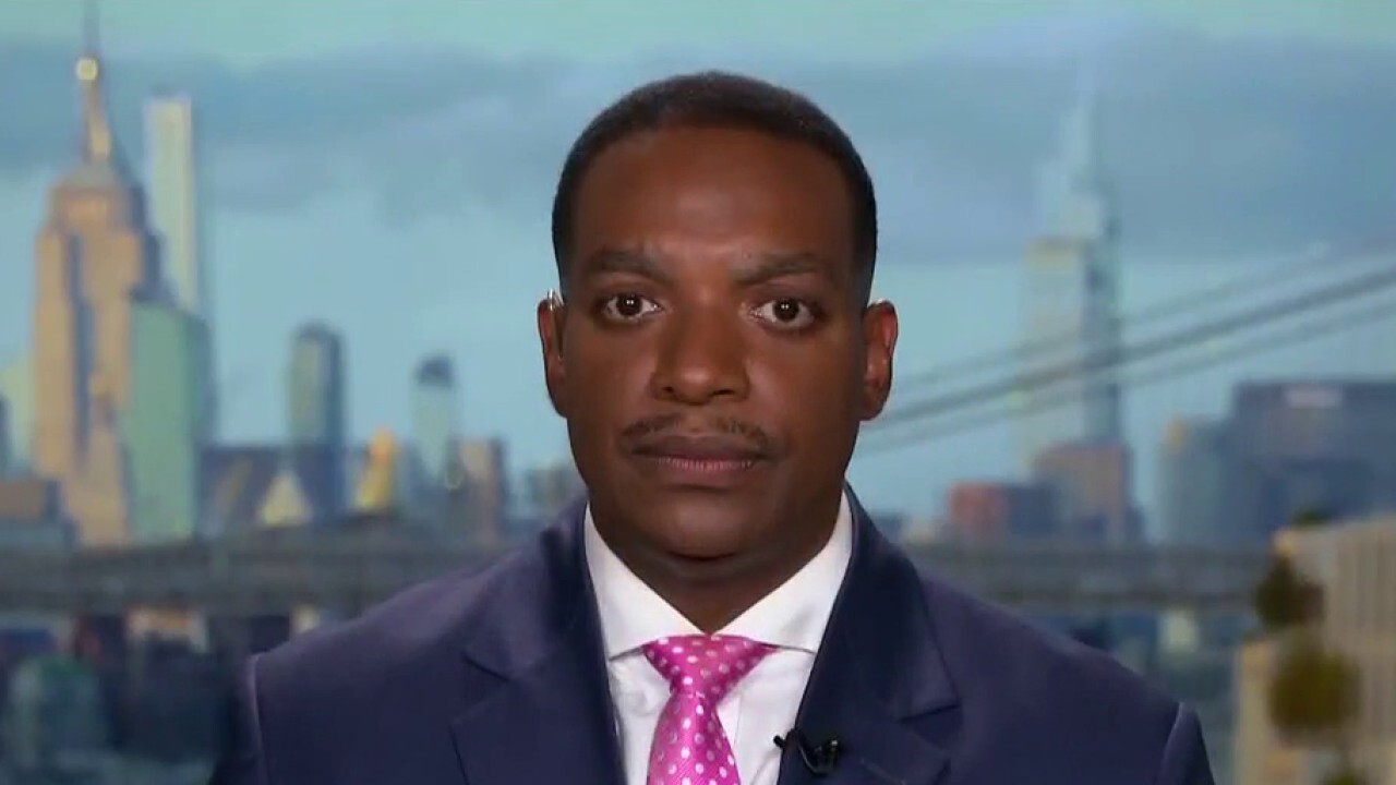 Former NYPD lieutenant Darrin Porcher discusses skyrocketing crime rates in America on 'The Evening Edit